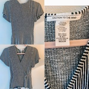 Peplum-tie blouse, V-neck